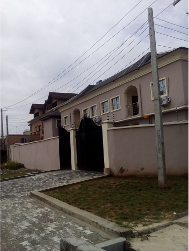 Kola Akomolede & Co Property To Let 2 units of 4 bedroom Terrace At Adegoke Olabisi Street at lekki Phase 1(2)