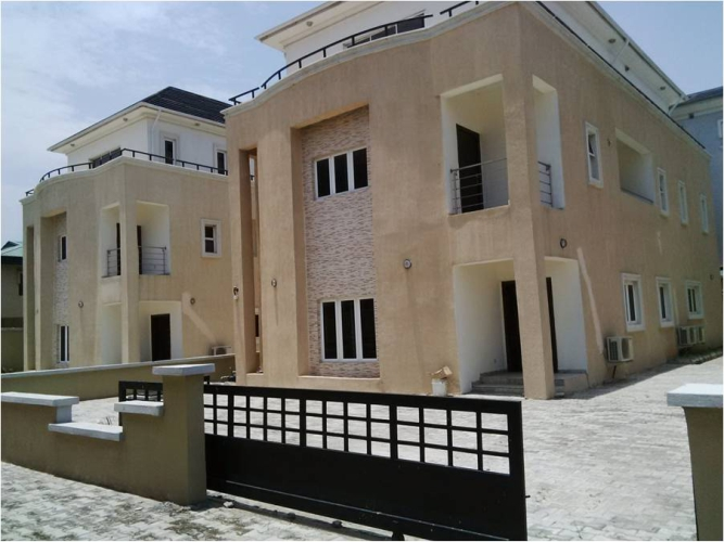Kola Akomolede & Co. For sale 4 Bedroom Detached House + 2 Rooms BQ, 1 Study,Oniru, Lagos