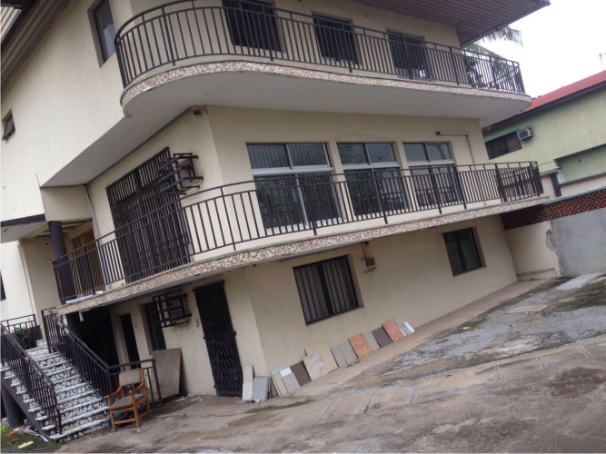 Kola Akomolede & Co. Property for sale 10 Bedroom Semi Detached House + 2 room Bq at Akura Estate, Adeniyi
