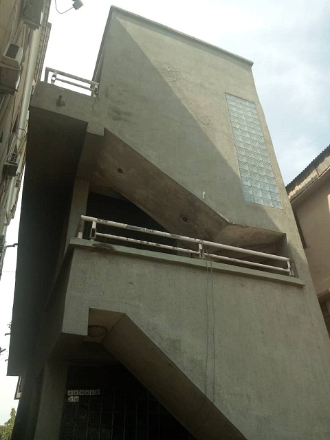 for-sale-residential-property-on-3-floors-suitable-for-commercial-use-n90m-kola-akomolede-co-4